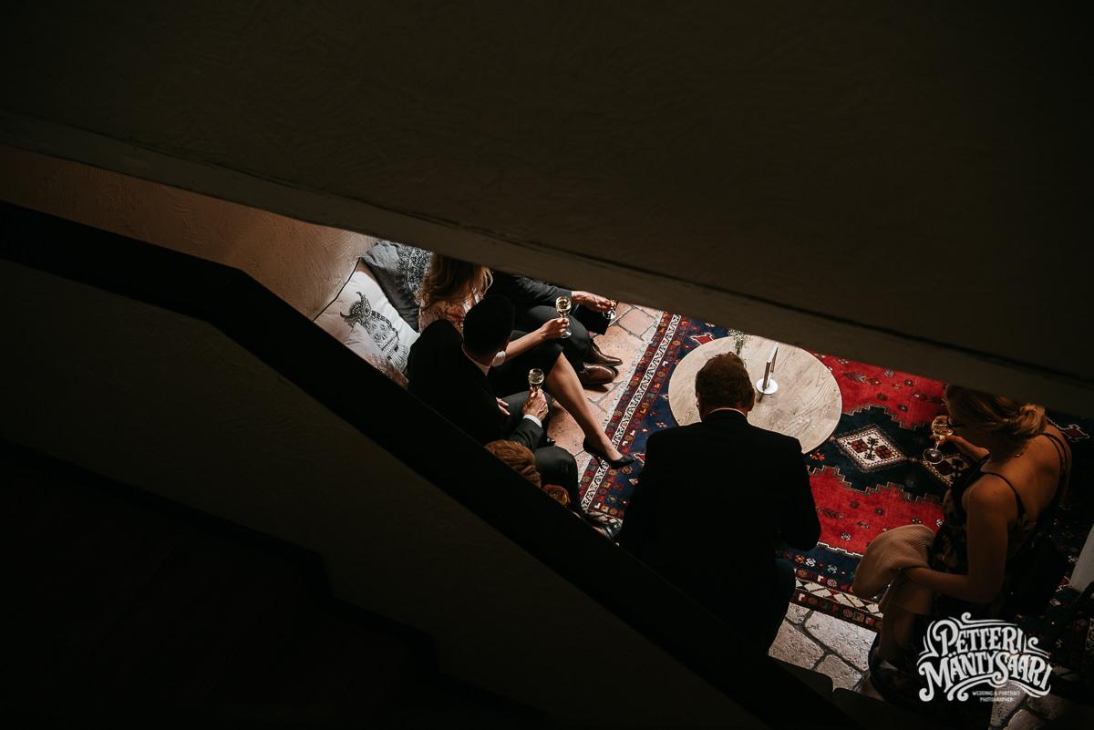 haat-piazza-turussa-turku-pyhan-hengenkappeli-haavalokuvaaja-petteri-mantysaari-haakuvaus-dokumentaarinen